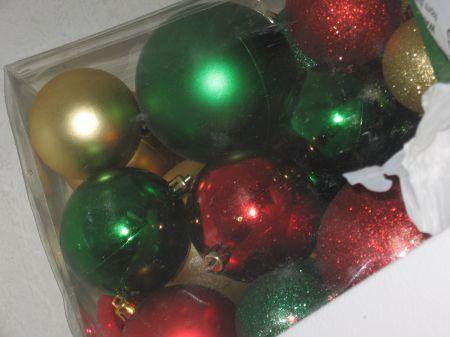 Ang. has sparkly balls